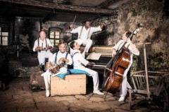 <i>Wochenzeitung DIABOLO:</i><br />Classical Crossover<br />Tango trifft Kuba